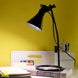 DSCF2449-2-300x300 Đèn làm việc- Một vật dụng không thể thiếu trong không gian văn phòng