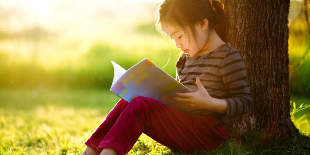 o-CHILDREN-LEARNING-facebook-1024x512 Đèn học chống cận thị
