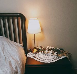 fullsizeoutput_1873-300x289 Đèn bàn ngủ cao cấp Ikea Arstid
