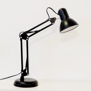 Favorlamp-Den-Luxo-de-ban11-300x300 Trang chủ